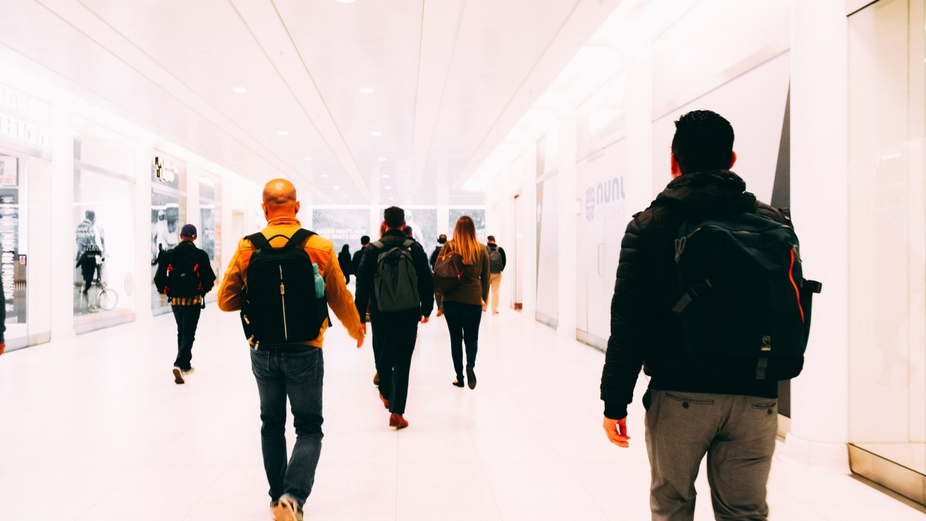 Adultos-Aeropuerto